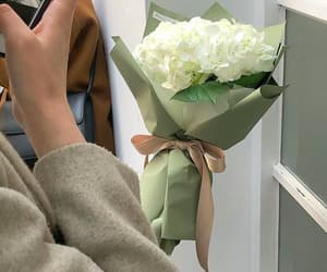 aesthetic, flowers, and green image