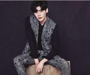 lee jong suk, asian, and model image