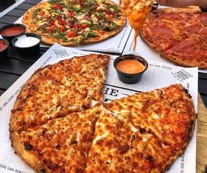 delicious, italian pizza, and pizza image