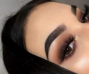 makeup, beauty, and lashes image
