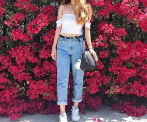 outfit, teen, and mom jeans image