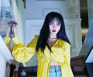 jessie, yellow, and hyuna image