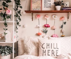bedroom and flowers image