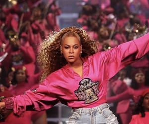 beyoncé, homecoming, and beychella image
