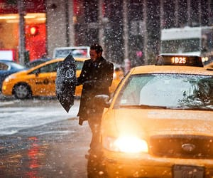snow, new york, and taxi image