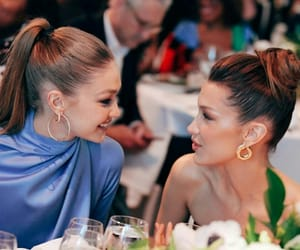 model, gigi hadid, and bella hadid image