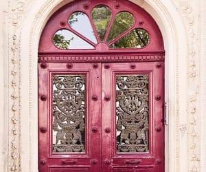 door and paris image