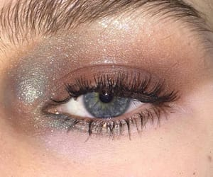 beautiful, eye, and glittery image