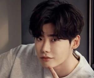 korean, lee jong suk, and actor image