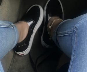 vans and anklet image