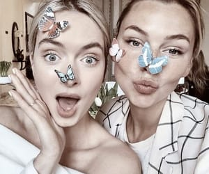 butterfly, girls, and bff image
