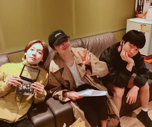 winner, taehyun, and mino image