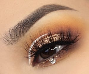 eyeliner, eyes, and glitter image
