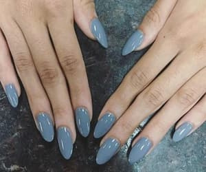 nails and simple image