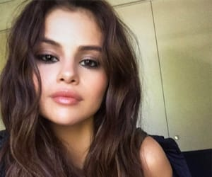 hairstyles, sel, and SG image