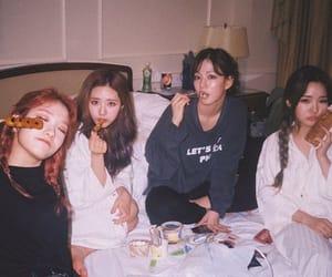 fromis_9, jiwon, and jisun image