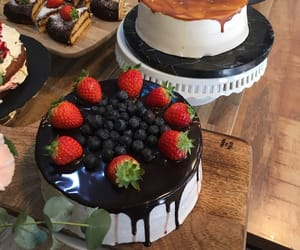 beautiful, blueberry, and cake image