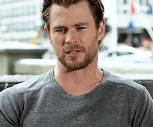 actor, handsome, and chris hemsworth image