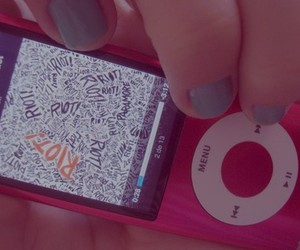 doodle, ipod, and riot! image