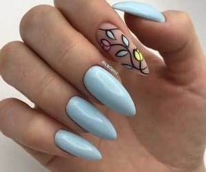 stiletto nail art image