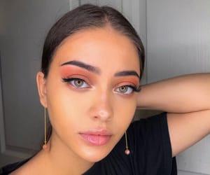 instagram and isabellrrose image