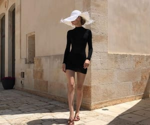 chic, discover, and fashion image