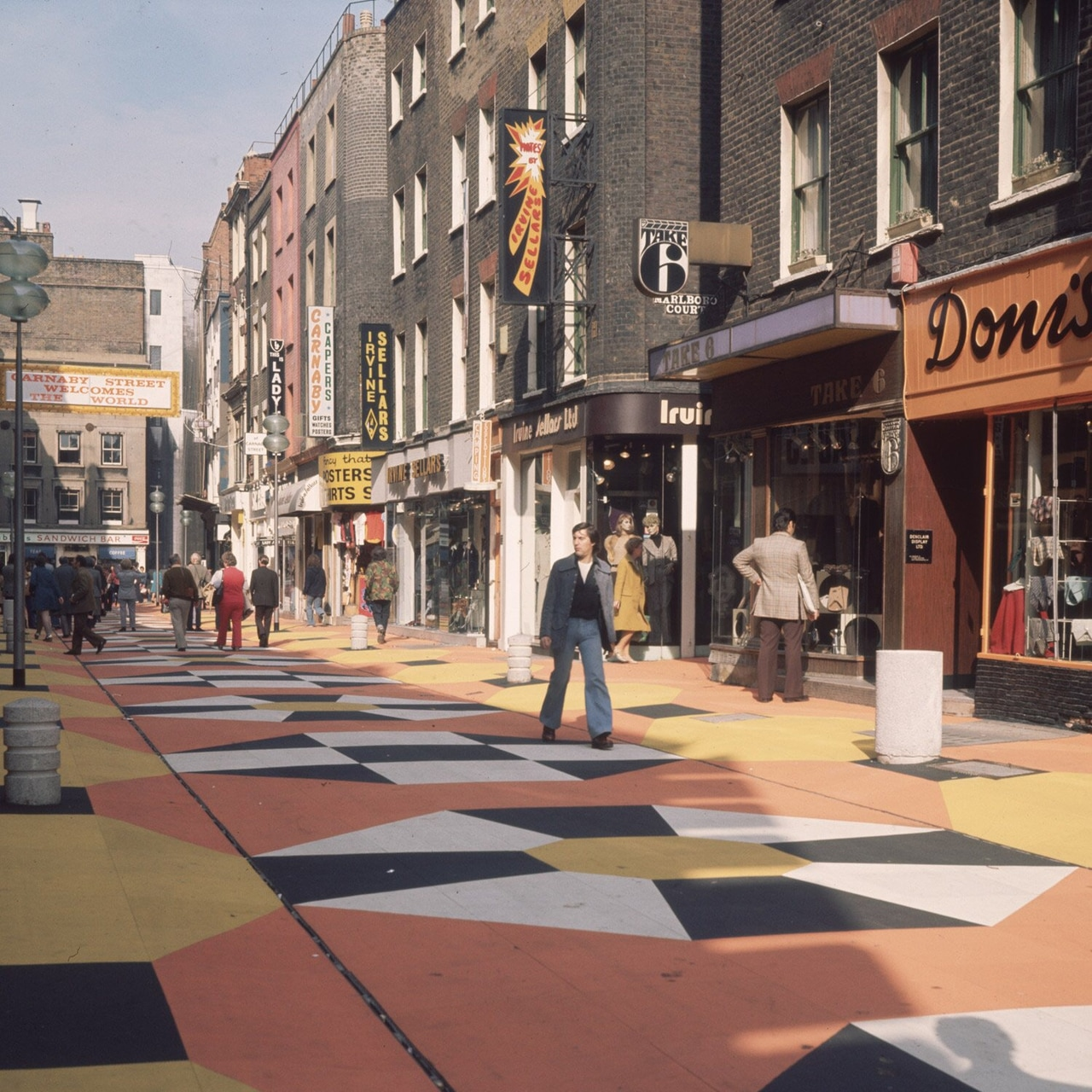 1960s carnaby street, london discovered by the 70s + 80s. 🏄🏼‍♀️