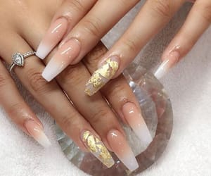 nails, gold, and inspo image