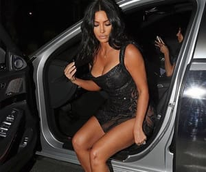 body, kim kardashian, and booty image