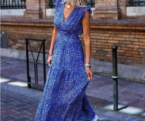maxi dress ruffle style image