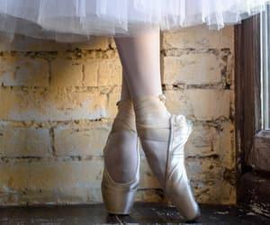 "angelesdeluna:""Ballerina …"""