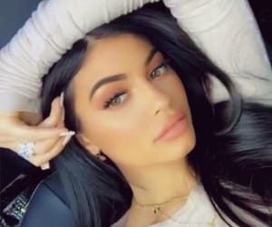 kylie jenner and icon image