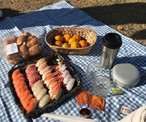 dates and picnic image