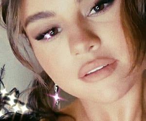 celebrities, make up, and selena gomez image