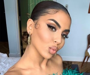 makeup make up, hairstyle on fleek, and goal goals life image