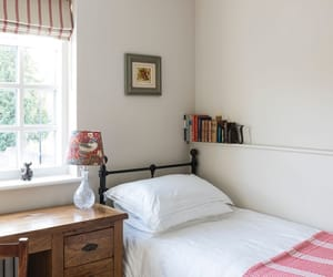 bedroom and home design image