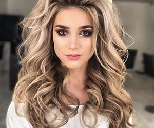 cabello, largo, and ondulado image