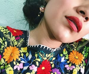 colores, flores, and Frida Khalo image