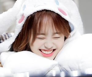 kpop, fansign, and chuu image