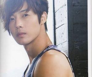 celeb, kim hyun joong, and korean image