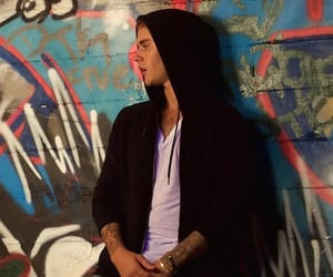 justin bieber, JB, and what do you mean image