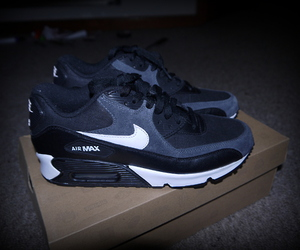 air max, shoe, and shoes image