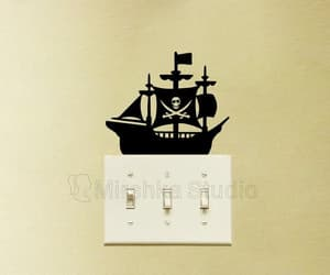 decal, wall decor, and pirate flag image