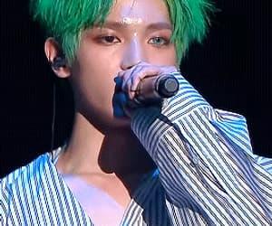 gif, green hair, and lee taeyong image