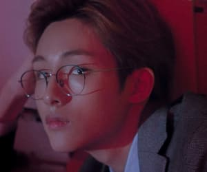 aesthetic, glasses, and icon image