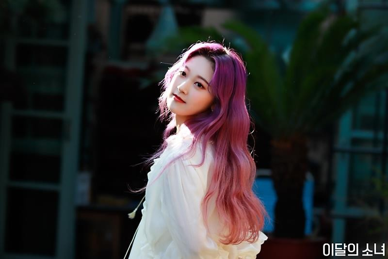 choerry and loona image