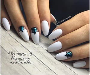 beauty, girl things, and hands image