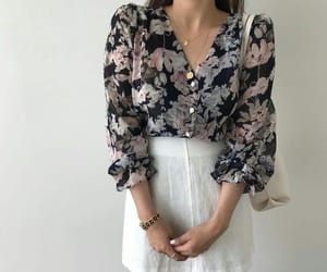 accessories, beauty, and blouse image