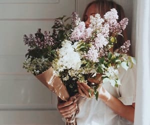 chic, fashion, and flowers image