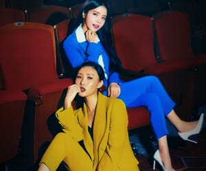 blue, kpop, and 솔라 image